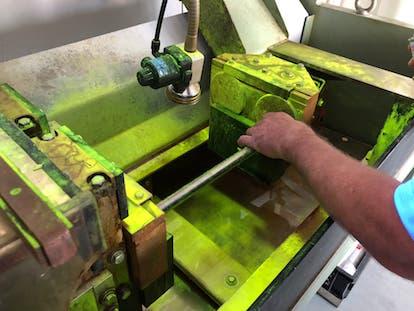 Magnetpulverprüfung - Schulung für zerstörungsfreie Prüfverfahren